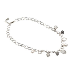 Pearls for Girls. Halsband med berlocker